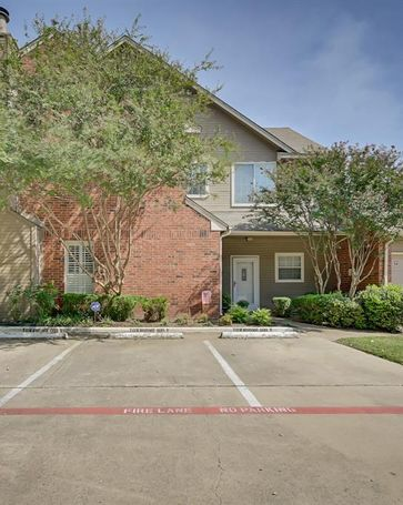 2505 Pinegrove Circle Arlington, TX, 76006