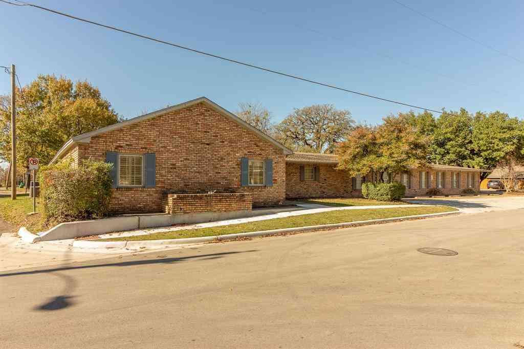 101 N Houston Street, Kaufman, TX, 75142,
