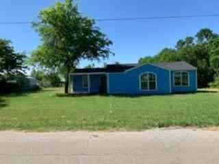 1013 W 7th Street, Justin, TX, 76247,