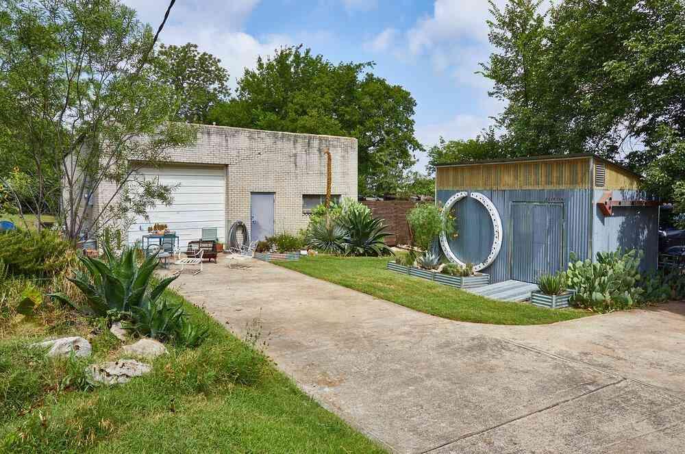 1915 Brundrette Street, Dallas, TX, 75208,