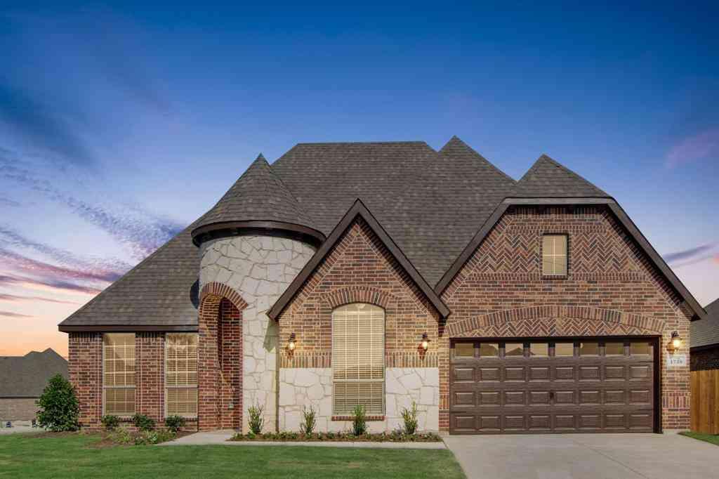 102 Saddle Ridge Drive, Godley, TX, 76044,
