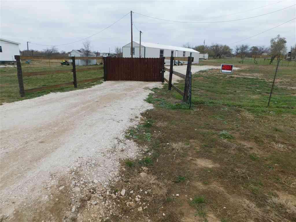 807 NE Front Street, Millsap, TX, 76066,