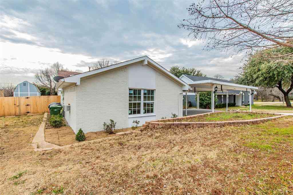404 Hillside Drive, Lakewood Village, TX, 75068,