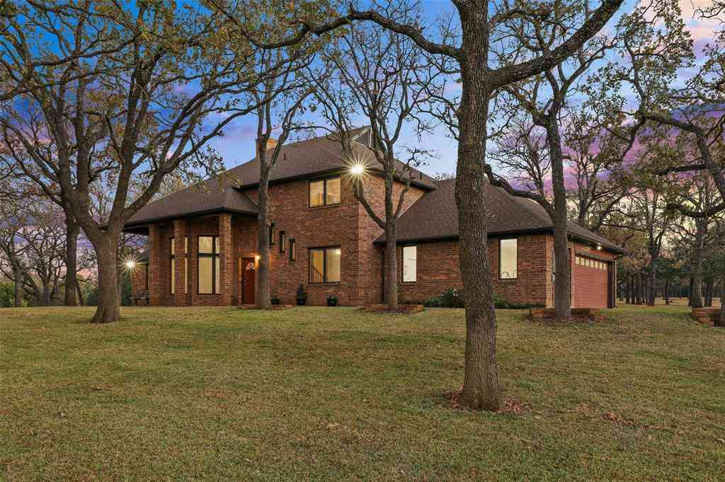 2044 Valley View Drive, Burleson, TX, 76028,