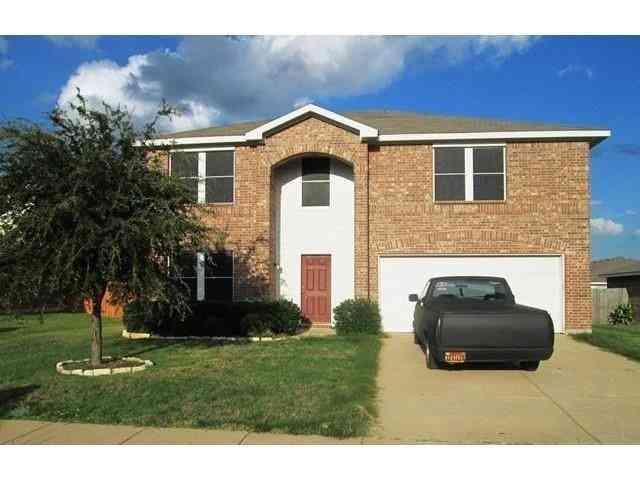 216 Cedar Crest Drive, Justin, TX, 76247,