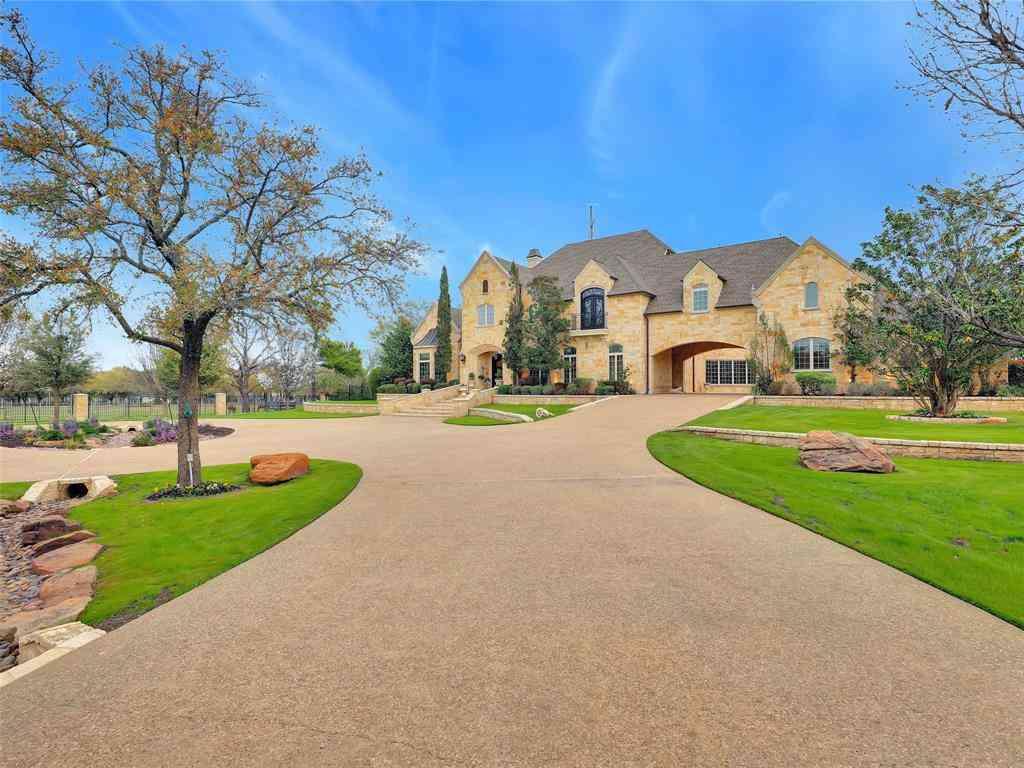 2535 N White Chapel Boulevard, Southlake, TX, 76092,