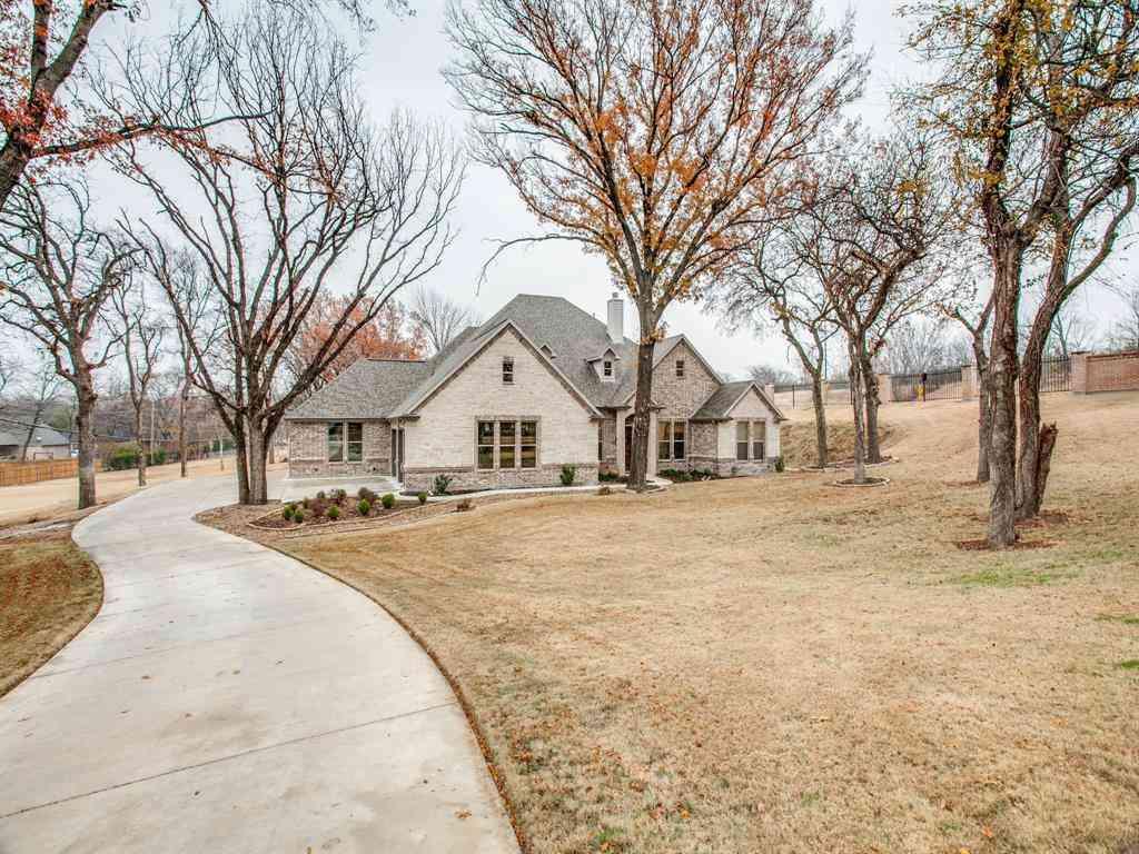 120 Riverbend Estates, Fort Worth, TX, 76112,