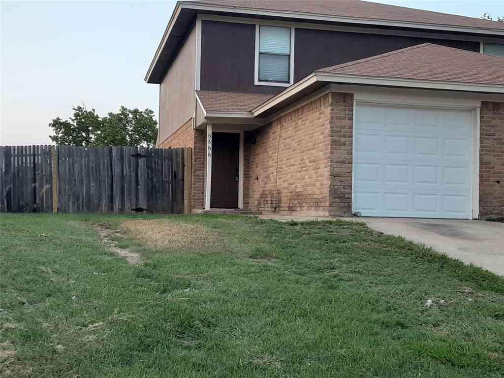 6866 S Creek Drive #2, Fort Worth, TX, 76133,