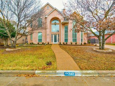 7017 Briercliff Court, Fort Worth, TX, 76132,