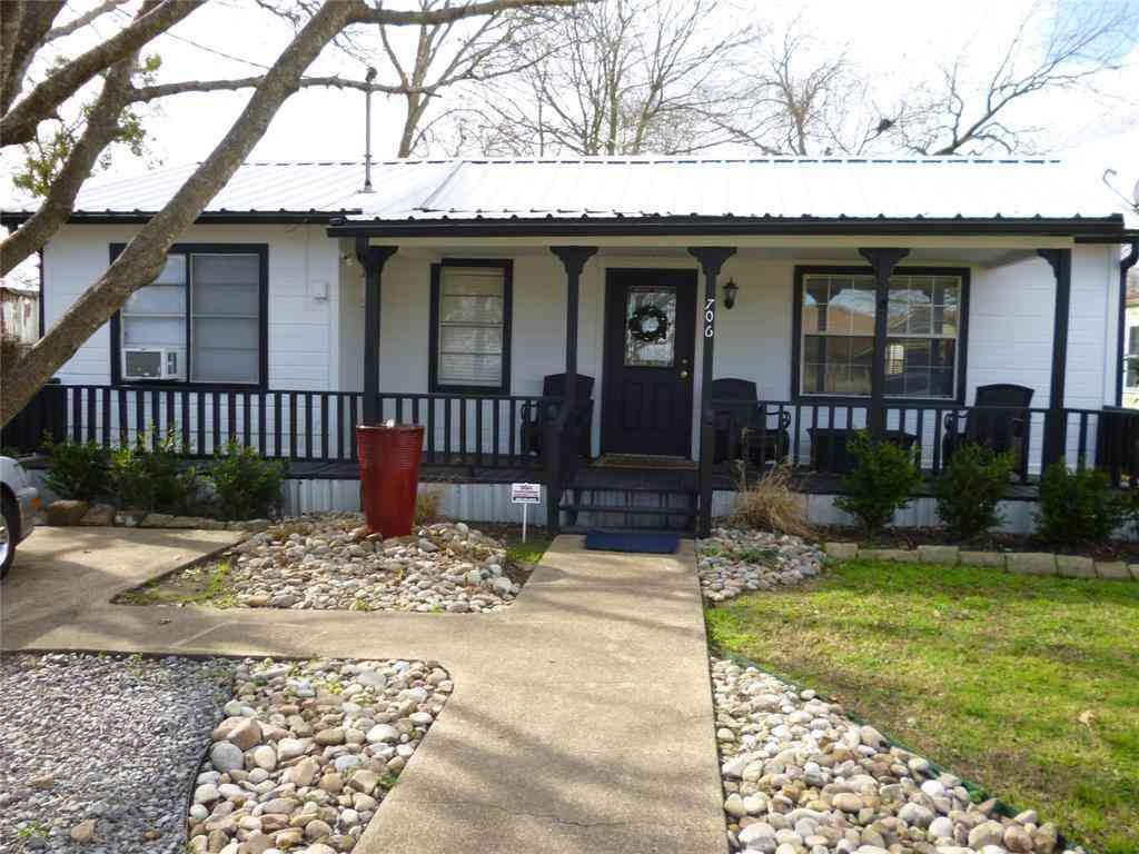 706 S Main, Kemp, TX, 75143,