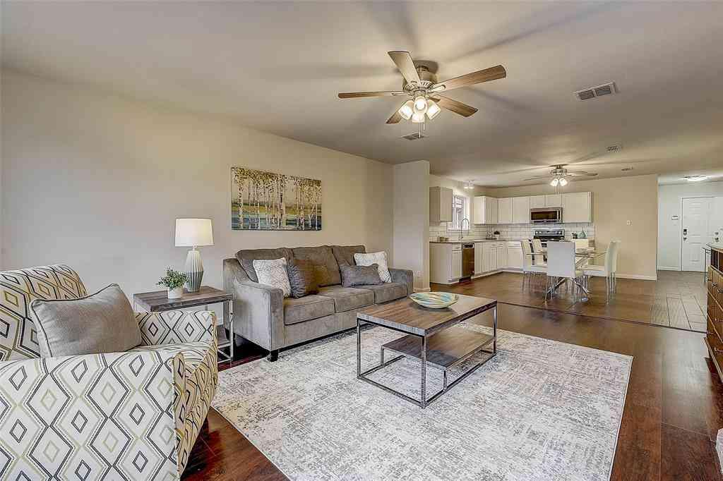 1580 Chivalry Lane, Little Elm, TX, 75068,