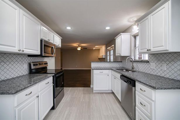 5220 Rutland Avenue