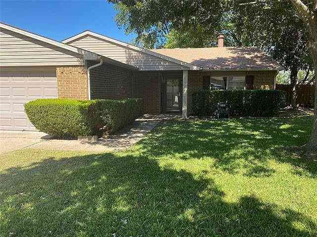 416 Everest Court, Cedar Hill, TX, 75104,