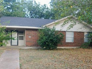 1832 Bolingbroke Place, Fort Worth, TX, 76140,