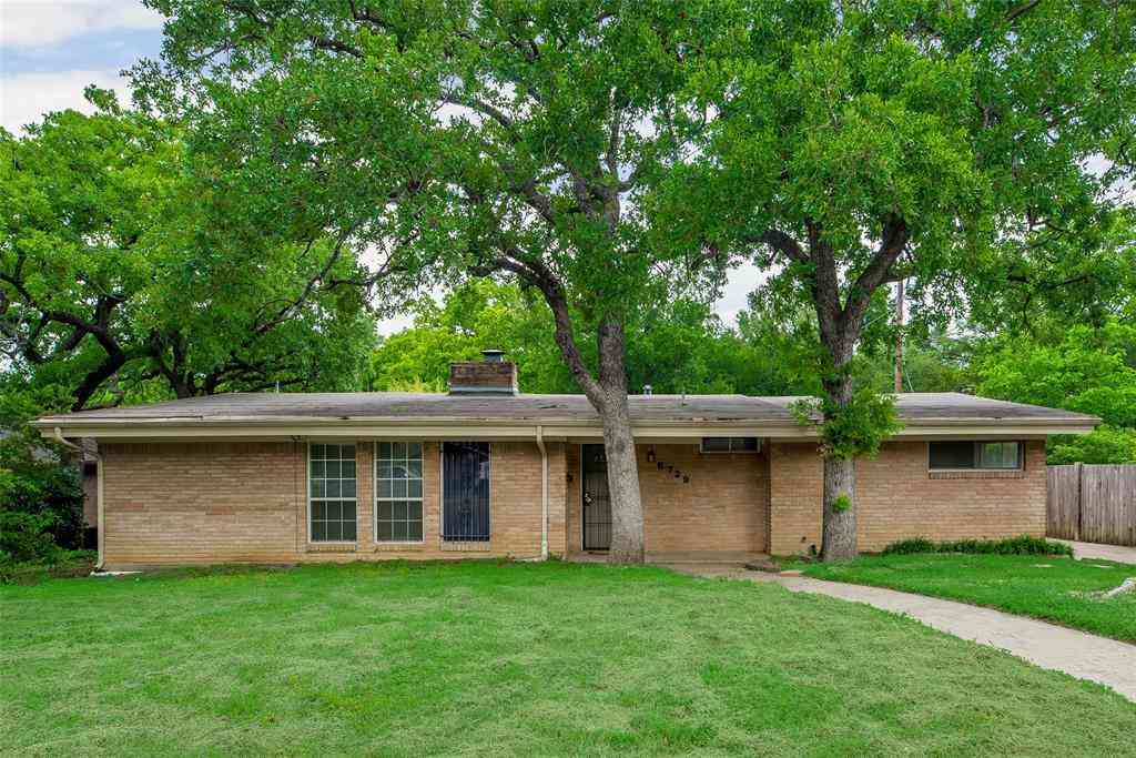 5729 Rockhill Road, Fort Worth, TX, 76112,