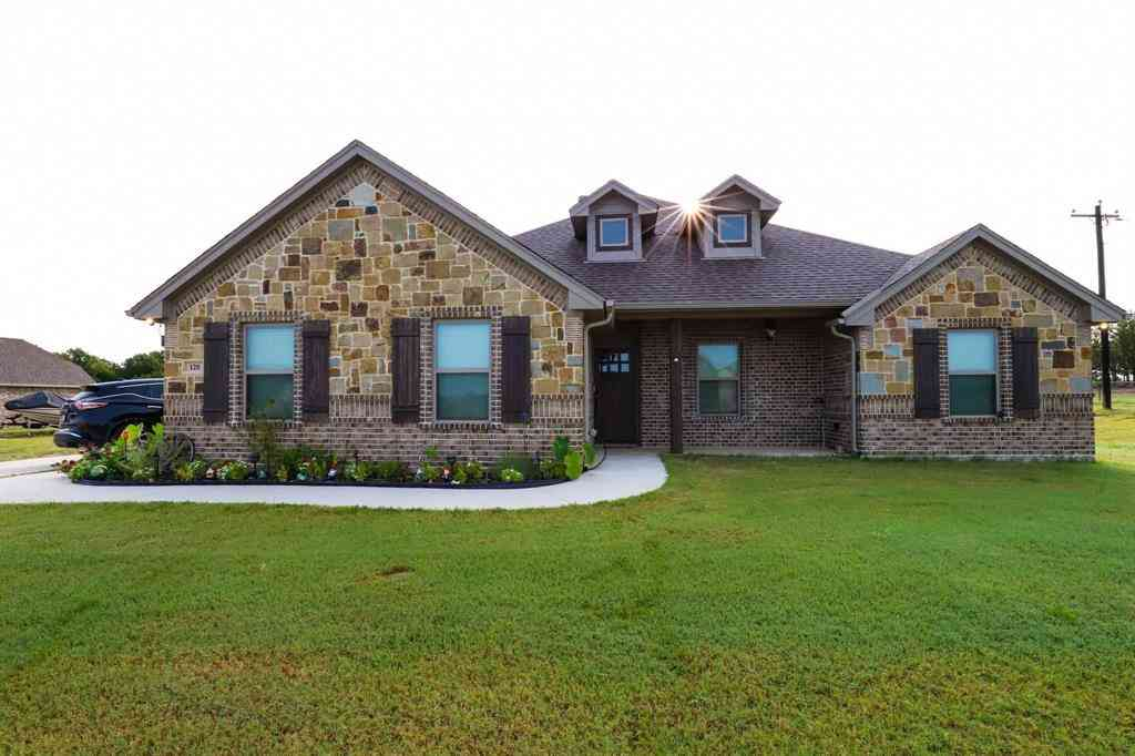 120 Valley Court, Paradise, TX, 76073,