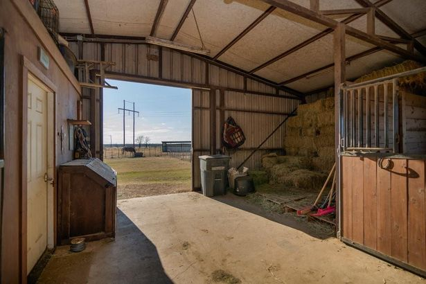 7301 County Road 1205