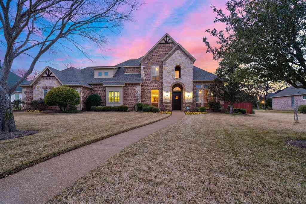1042 Peregrine Place, Kennedale, TX, 76060,
