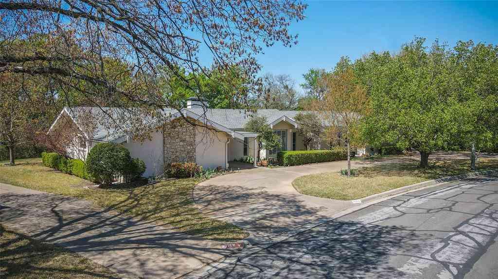 4012 Hildring Drive W, Fort Worth, TX, 76109,