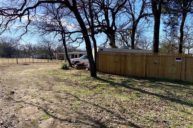 2908 Rolling Oaks Drive