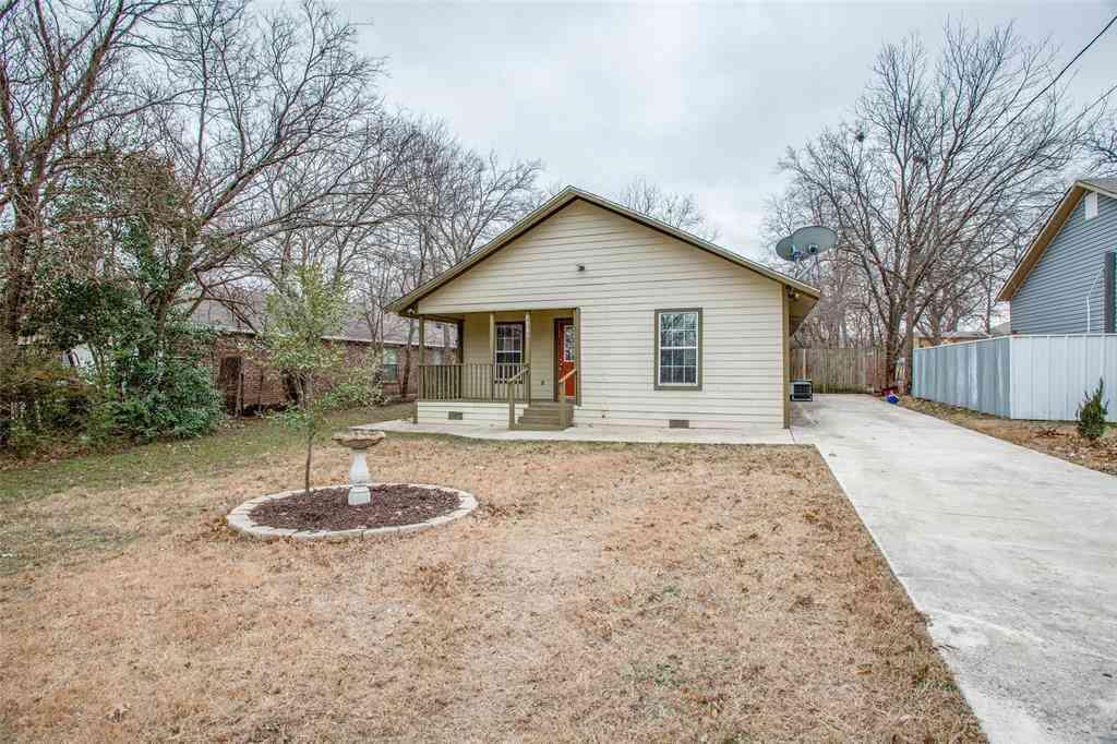7809 Colton Drive, White Settlement, TX, 76108,