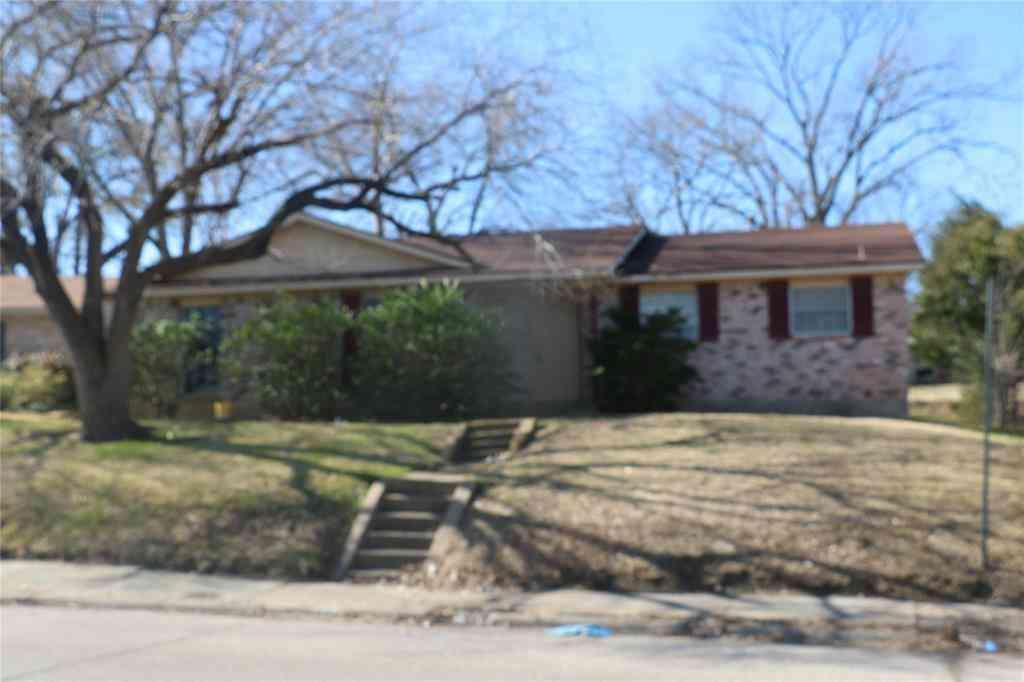 1611 Spring Lake Drive, Mesquite, TX, 75149,