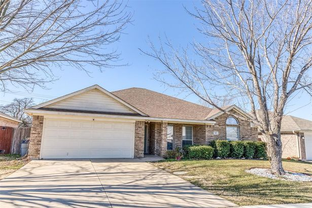 508 Thistle Meade Circle