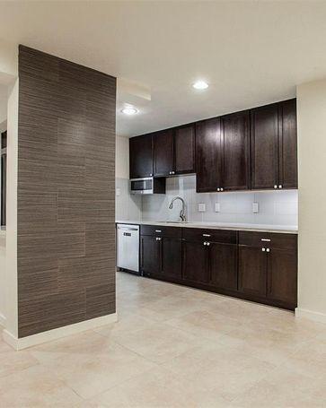 4044 Buena Vista Street #109 Dallas, TX, 75204