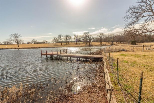 9476 County Road 105