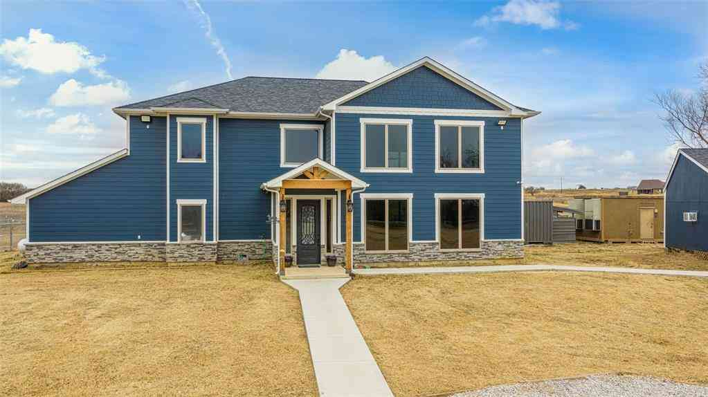 1184 County Road 1785, Sunset, TX, 76270,
