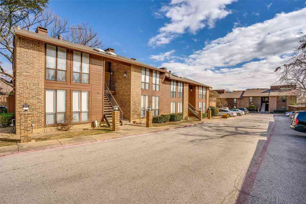 7522 Holly Hill Drive #7, Dallas, TX, 75231,