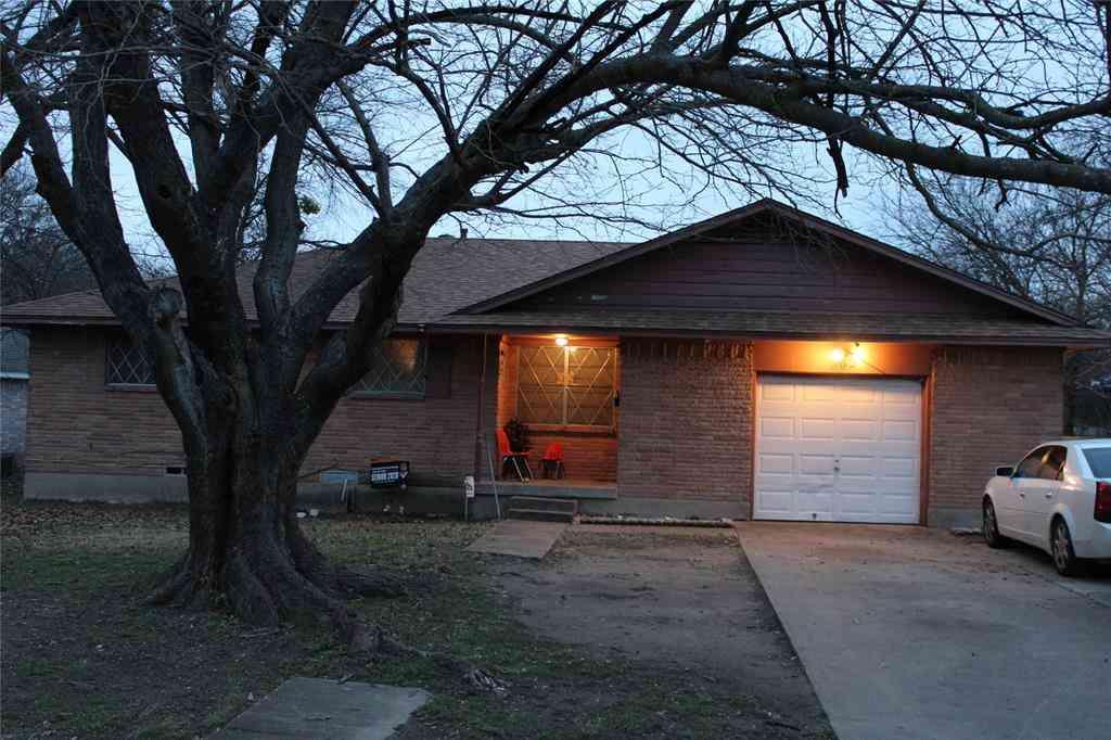 562 Rea Avenue, Lancaster, TX, 75146,