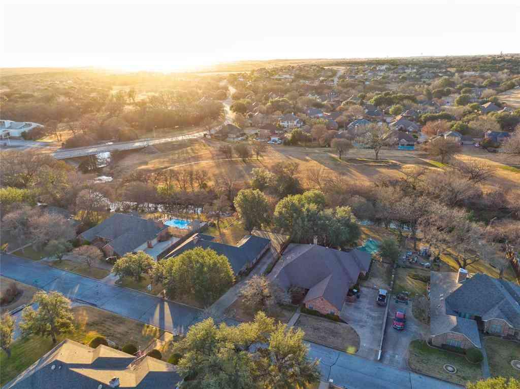 11901 Blue Creek Drive, Fort Worth, TX, 76008,