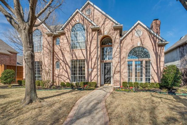 5609 Woodhaven Court