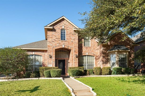 2218 Briary Trace Court