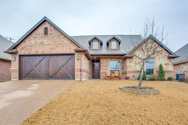 145 Winged Foot Drive