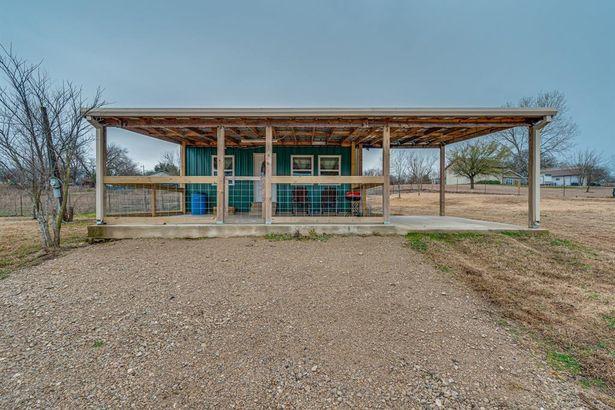 442 Goliad Circle