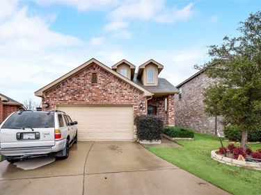 5568 Thunder Bay Drive, Fort Worth, TX, 76119,