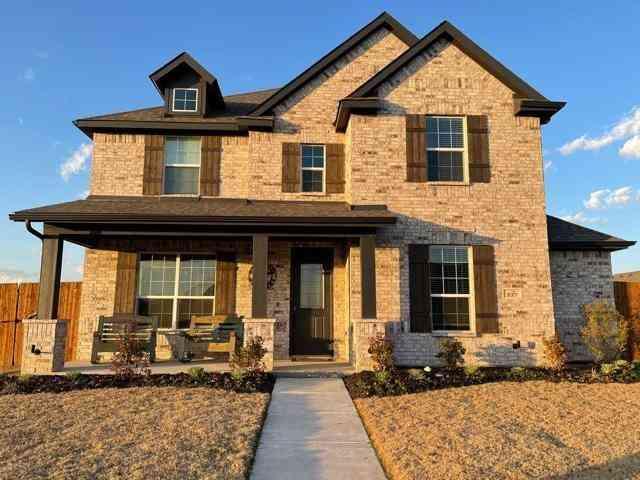 537 Pierce Street, Waxahachie, TX, 75165,