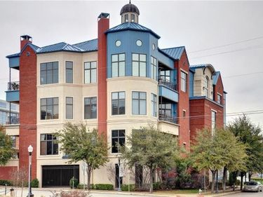 601 E 1st Street #210, Fort Worth, TX, 76102,