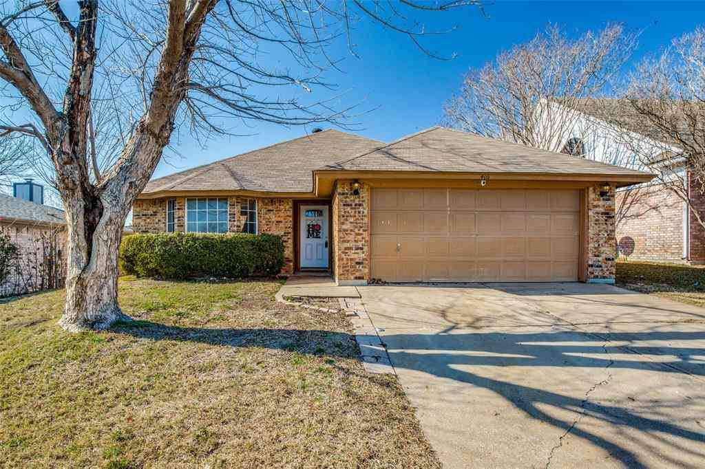 416 Deauville Drive, Fort Worth, TX, 76108,