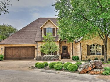 2701 River Forest Drive, Fort Worth, TX, 76116,