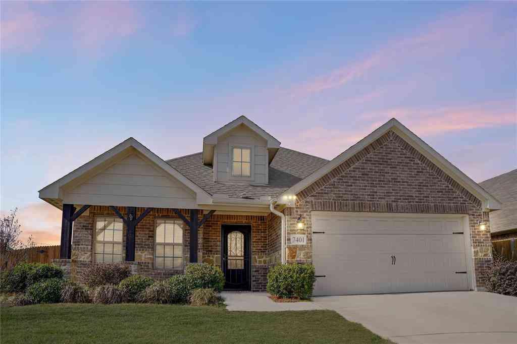 7401 Innisbrook Lane, Fort Worth, TX, 76179,