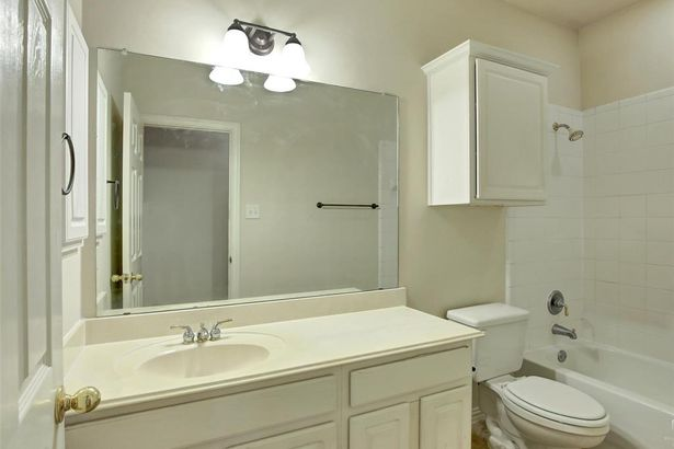 6401 Crator Drive
