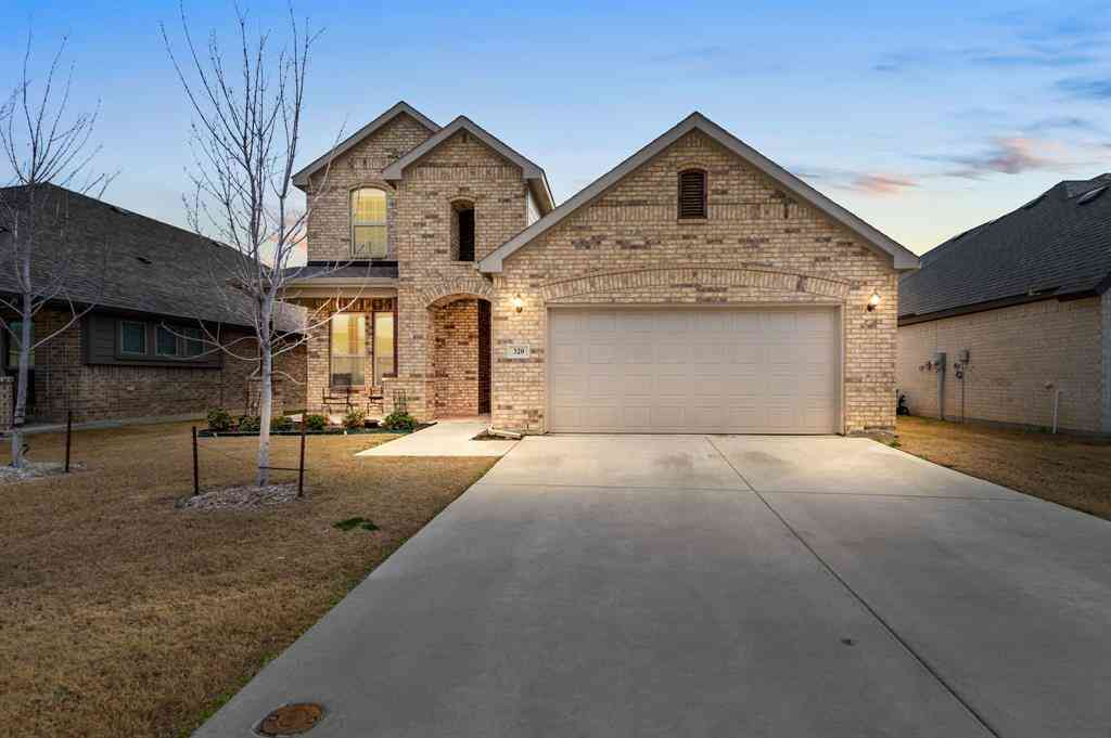 320 Retama Drive, Fort Worth, TX, 76108,