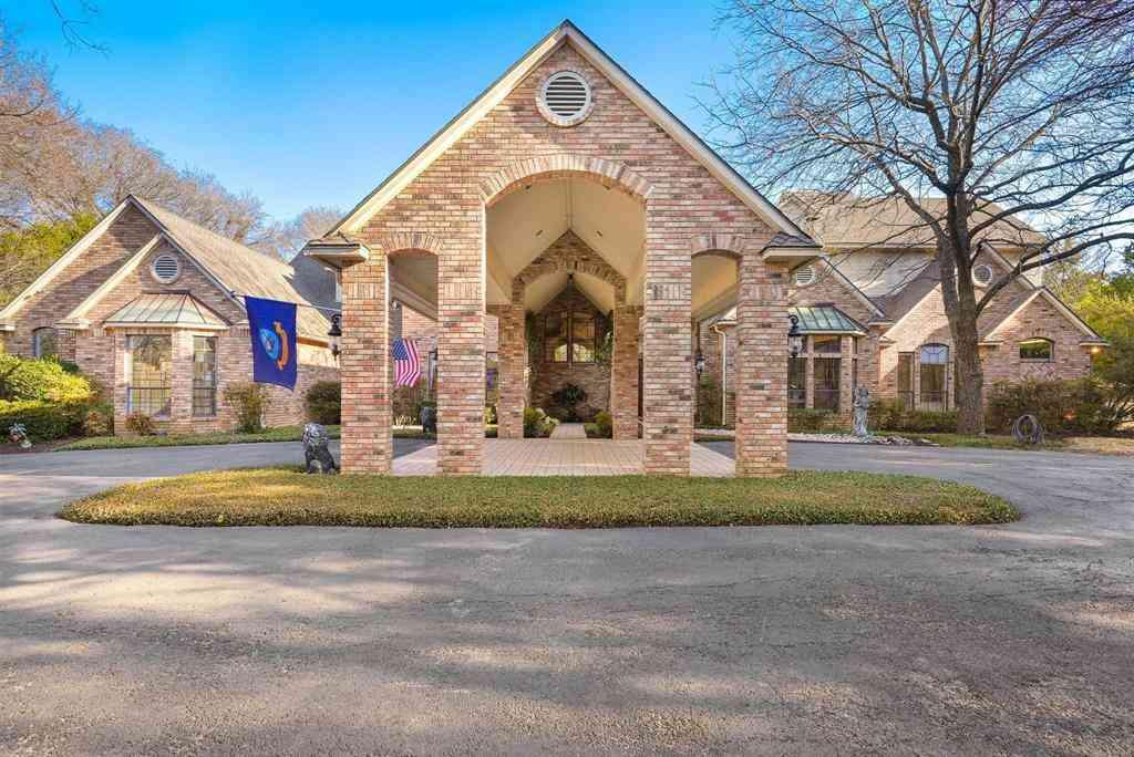 1320 N Cedar Hill Road, Cedar Hill, TX, 75104,