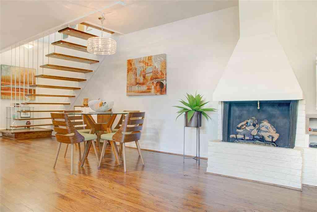 Sunny Living Room, 3321 Cole Avenue #115, Dallas, TX, 75204,