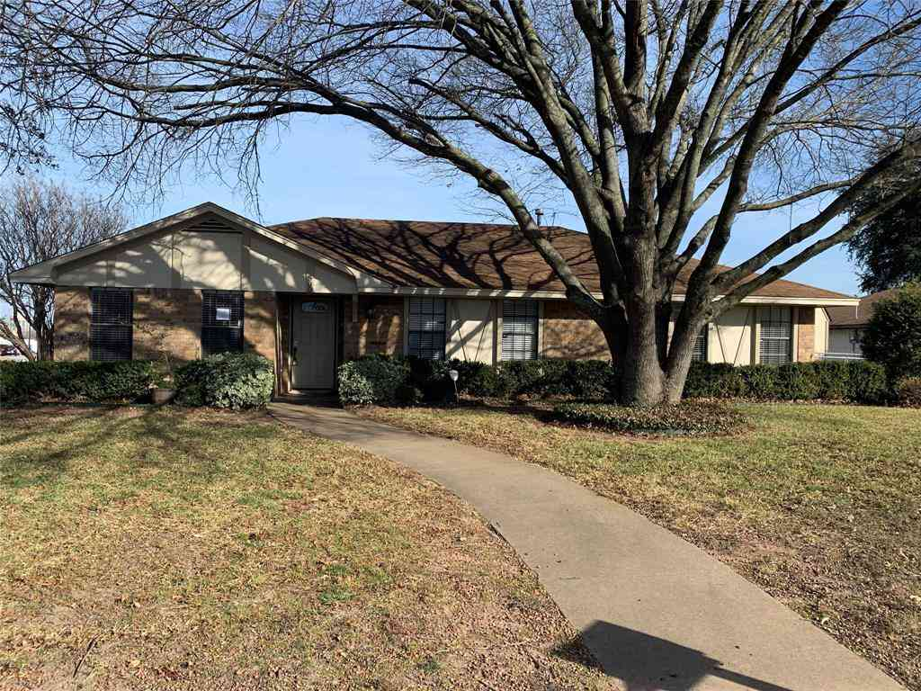500 Cambridge Drive, Desoto, TX, 75115,