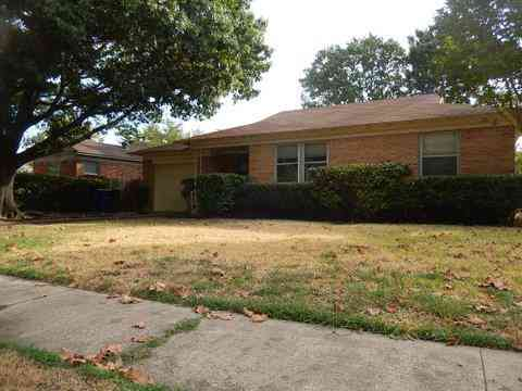 2217 San Medina Avenue, Dallas, TX, 75228,