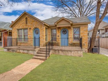 1911 College Avenue, Fort Worth, TX, 76110,